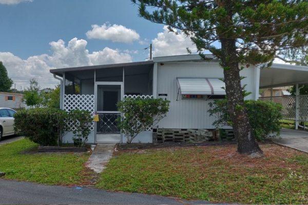 718 Satsuma St, Lakeland, FL 33803