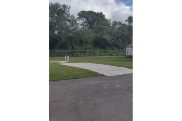 RV Sites Available at Bedrock Colonial Village Lakeland, FL 33815